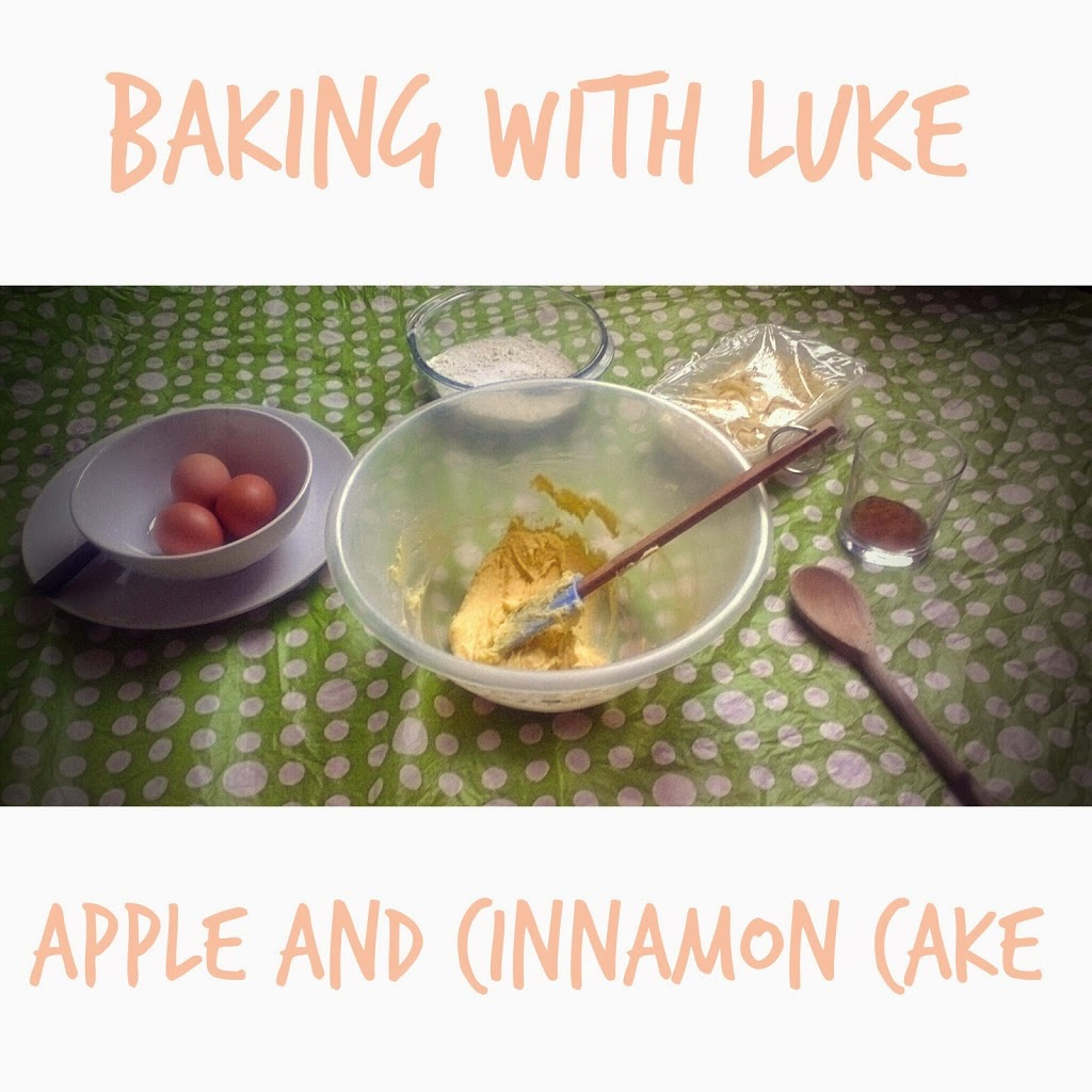 Toddler In The Kitchen: Apple and Cinnamon Cake