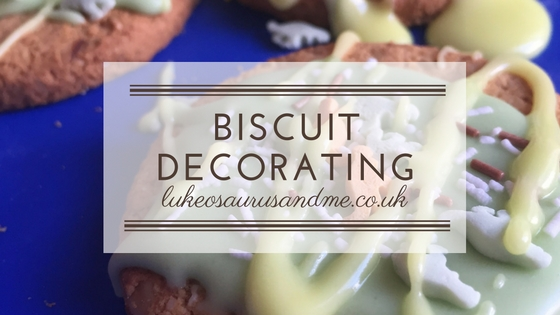 Decorating biscuits with icing and sprinkles from lukeosaurusandme.co.uk