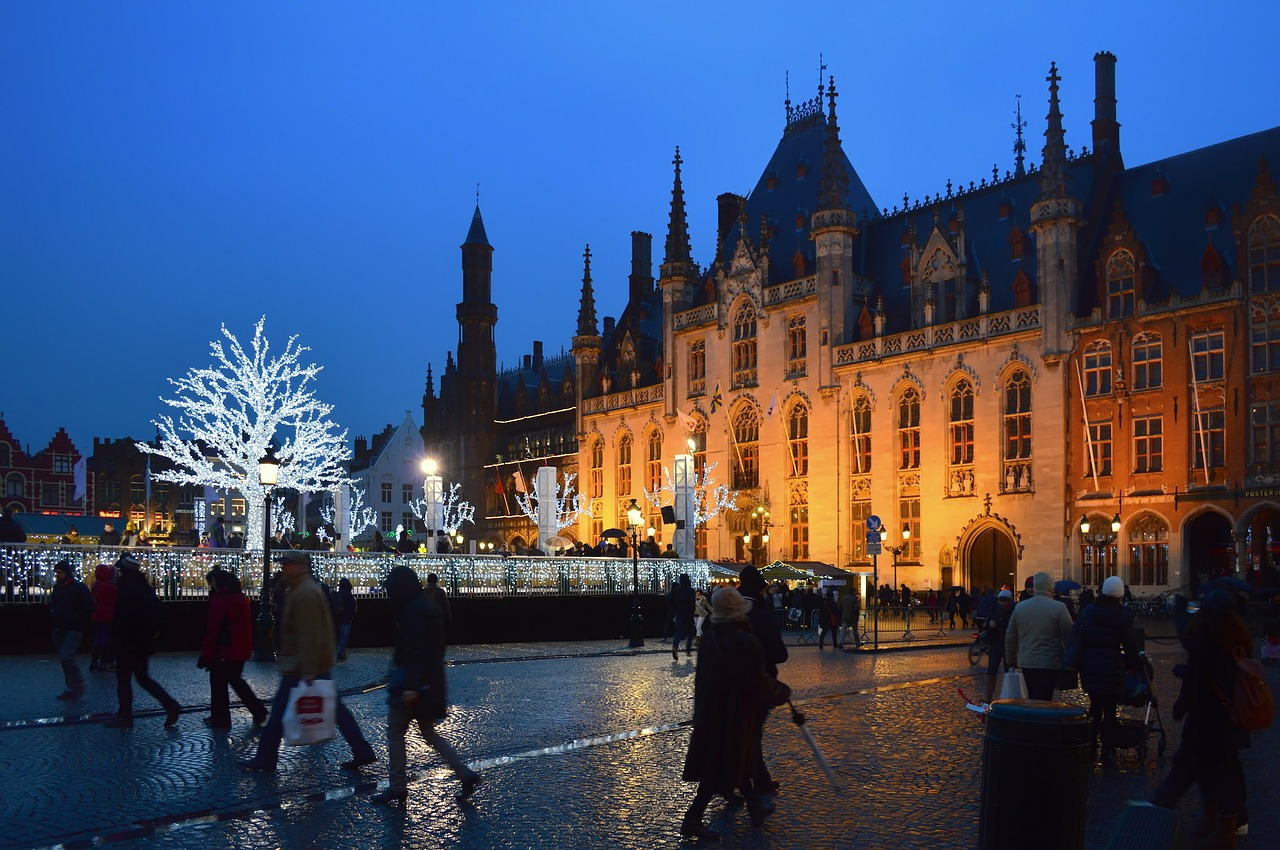 November City Break: 24 Hours In Bruges at https://lukeosaurusandme.co.uk